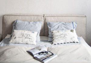 Sypialnia beżowa i błękitna
